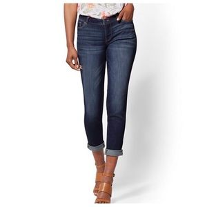 New York & company cropped boyfriend jeans
